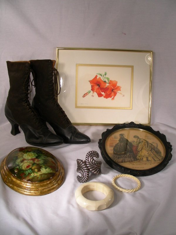 419: ESTATE LOT ANTIQUE LEATHER SHOES BRACELETS ART 7 P