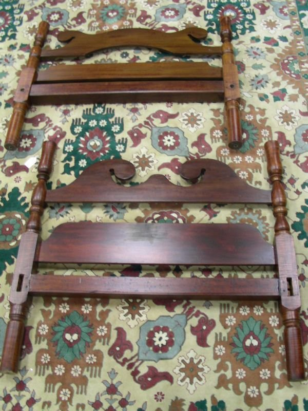 414: ANTIQUE DOUBLE HEAD FOOT BOARD BED