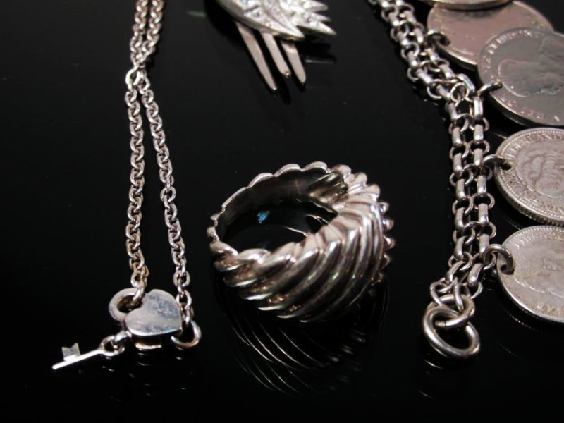 ASSORTED VICTORIAN & OTHER VINTAGE JEWELRY STERLIN - 8