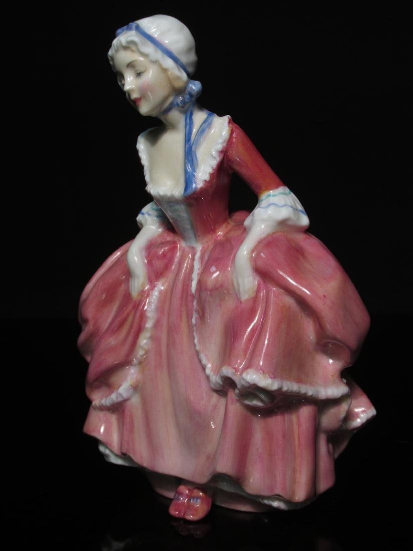 FIVE PORCELAIN FIGURINES ROYAL DOULTON & WORCESTER - 6