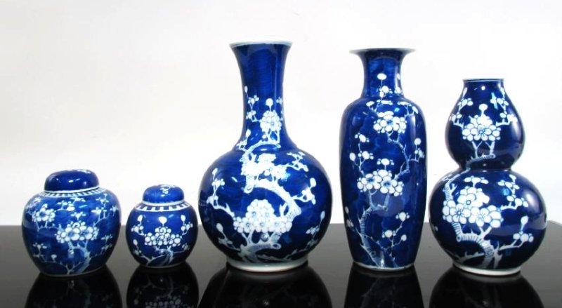 FIVE VINTAGE CHINESE PORCELAIN PRUNUS VASES/JARS