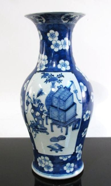 CHINESE LATE QING DYN PORCELAIN BLUE & WHITE VASE