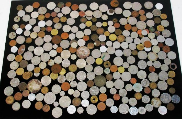 3.5 LBS ASSORTED FOREIGN COINS & CURRENCY: FRANCS