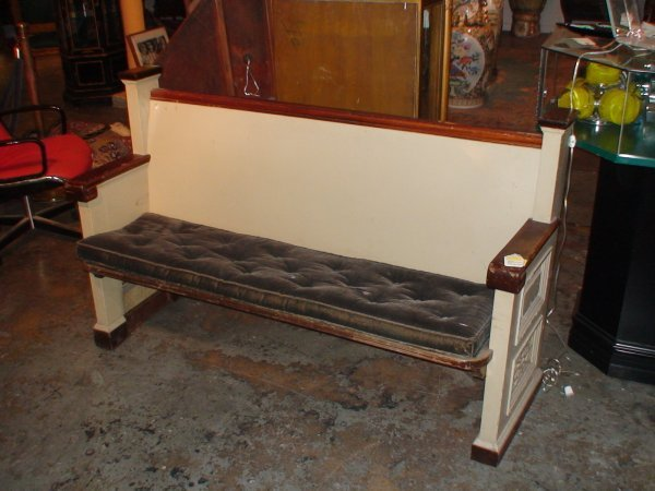 252: EARLY 20TH CENTURY MISSION STYLE CHURCH PEW BENCH - 2