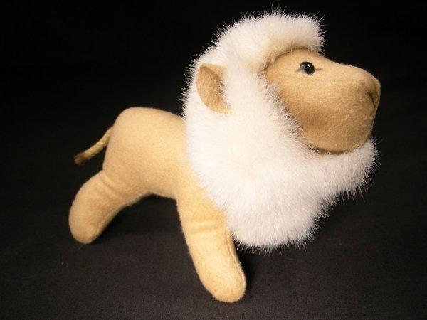 522: ORIGINAL GERMAN STEIFF GOLDEN SUEDE LION TOY