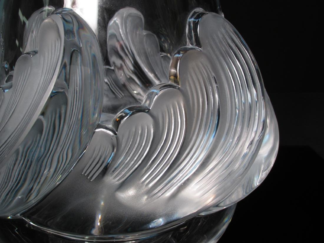HEAVY LALIQUE WAVE FROSTED CRYSTAL VASE - 2