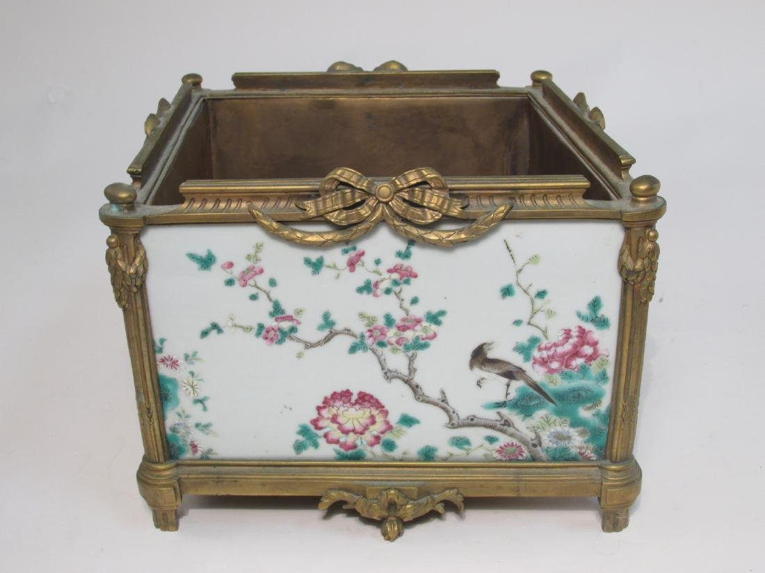 EARLY 19TH C FAMILLE ROSE INLAID BRONZE PLANTER