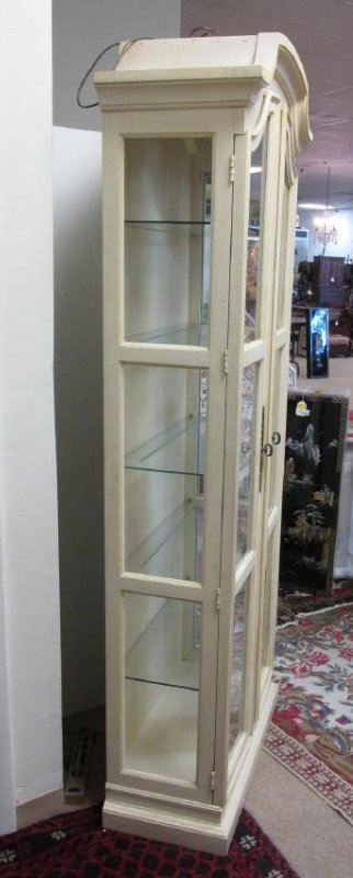 OFFWHITE LIGHTED DISPLAY CASE: FRANCESCA BY DREXEL - 3