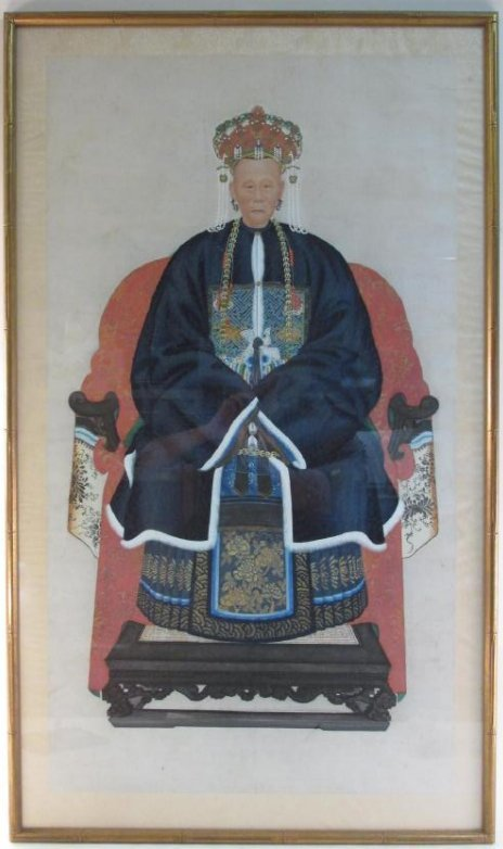 LARGE ANTIQUE CHINESE ANCESTRAL PORTRAIT PAINTING