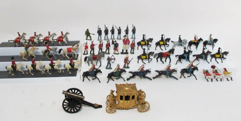 PAINTED CAST LEAD / METAL TOY SOLDIERS FIGURINES