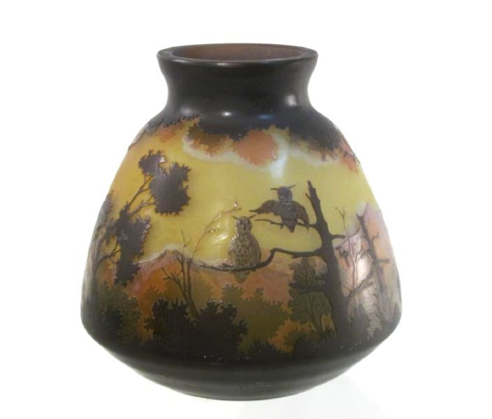 GALLE STYLE TIP CAMEO ART GLASS VASE