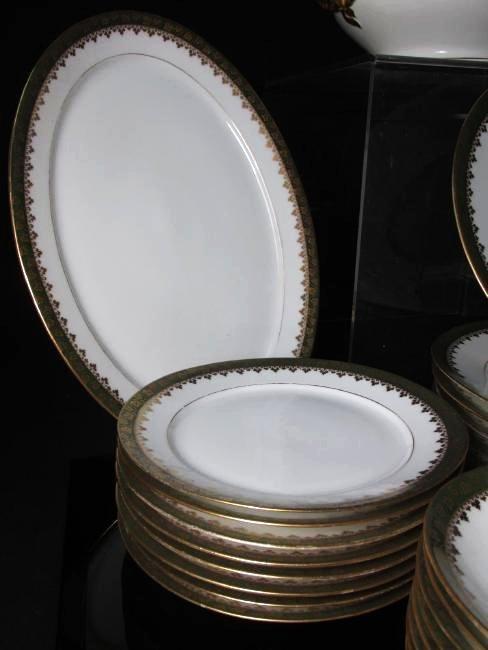 HAVILAND LIMOGES GREEN GOLD PORCELAIN DINNERWARE - 2