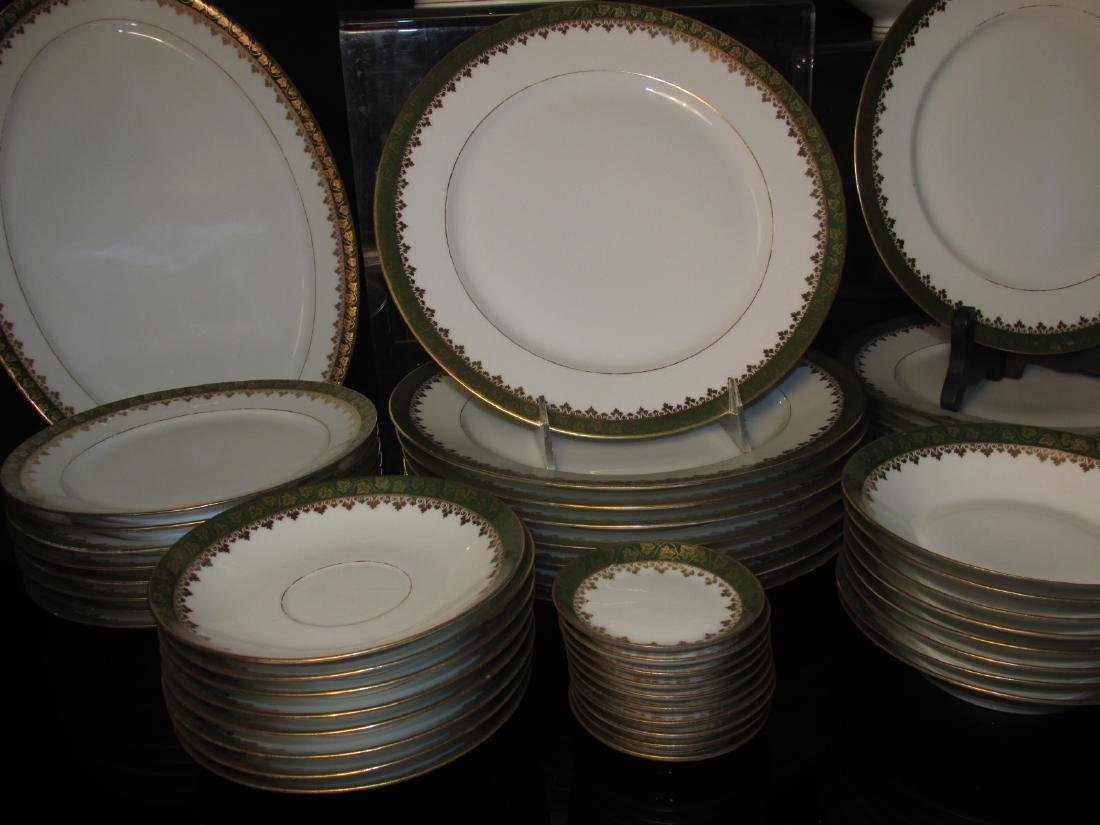 HAVILAND LIMOGES GREEN GOLD PORCELAIN DINNERWARE - 3
