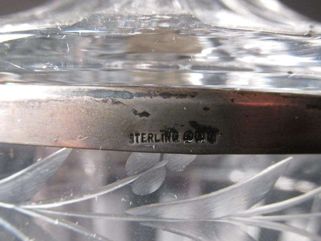 THREE RARE HEISEY GLASS URNS - 6
