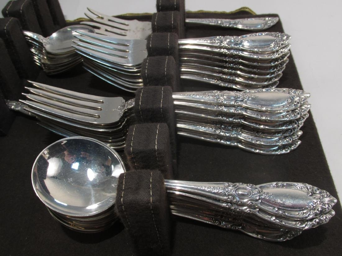 """TOWLE """"KING RICHARD"""" STERLING SILVER FLATWARE 74 T - 4"""