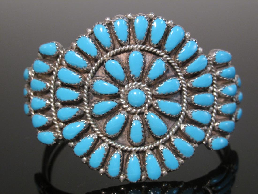 NATIVE AMERICAN TURQUOISE PETIT POINT BRACELET