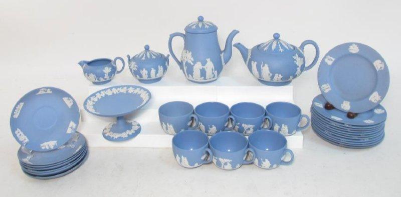 WEDGWOOD BLUE JASPERWARE TEA SET: 31 PCS