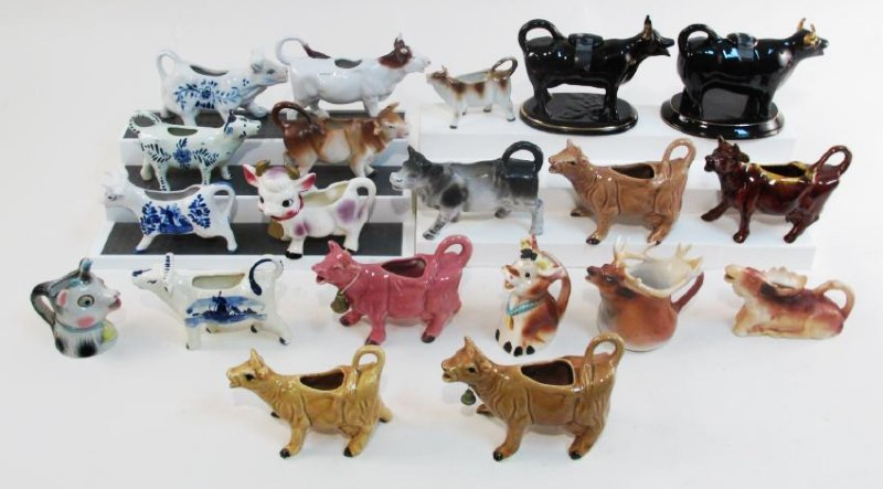 COLLECTION VINTAGE COW CREAMERS, DELFT ETC. 20 PCS