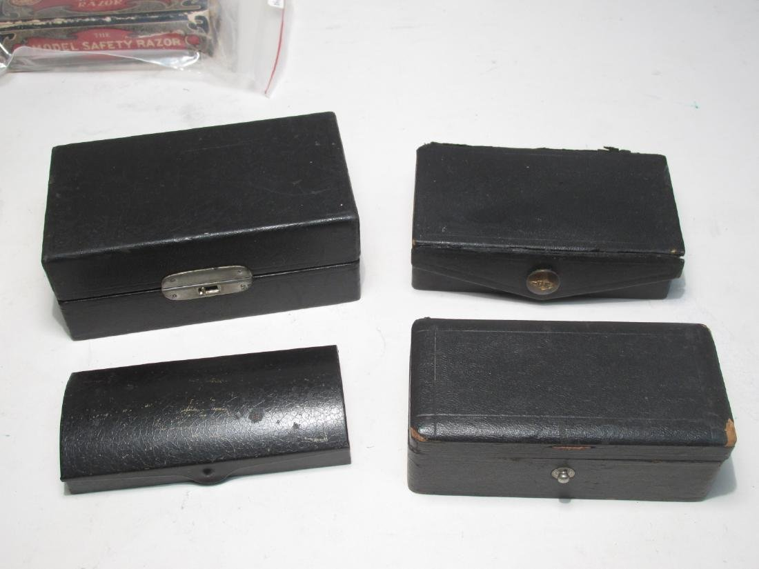 ASSORTED VINTAGE EMPTY SAFETY RAZOR BOXES & TINS - 4