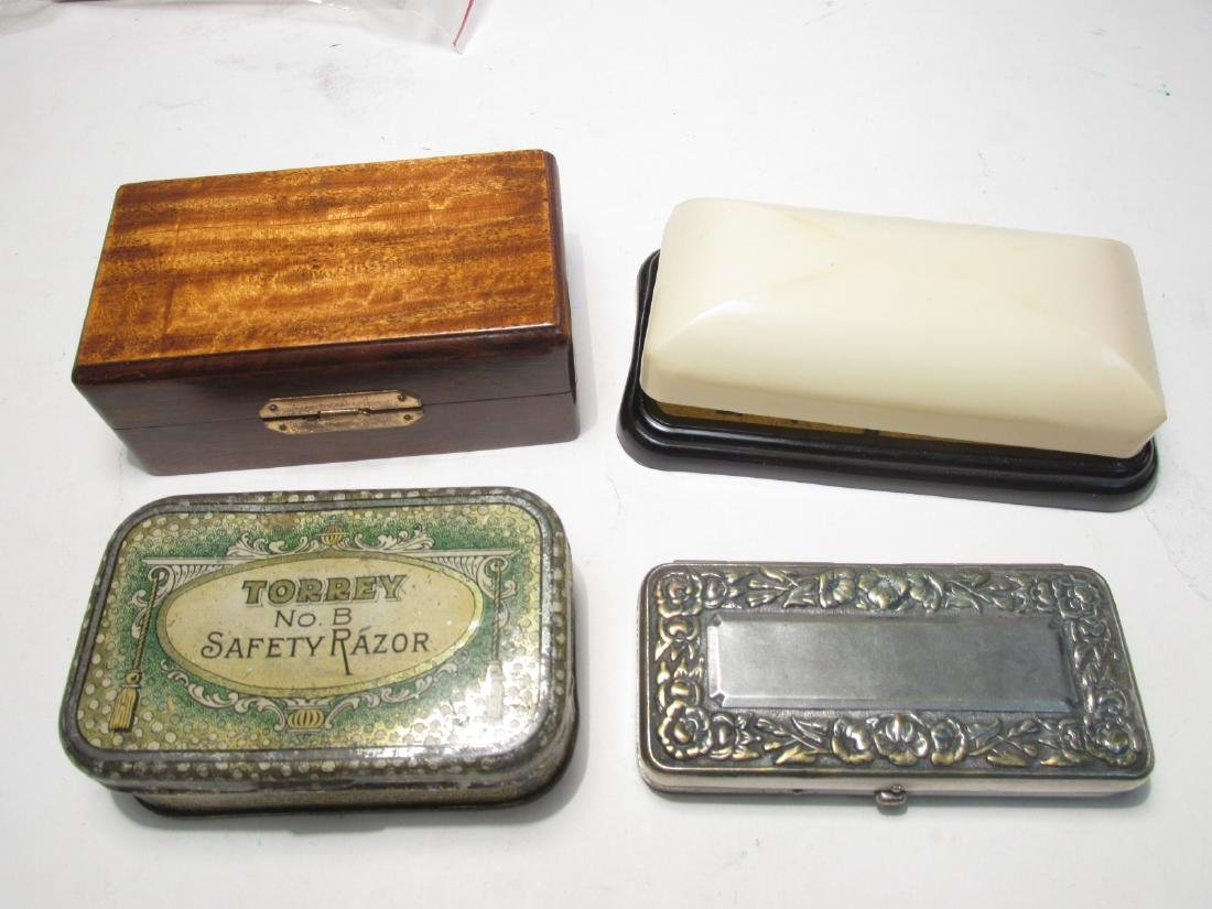 ASSORTED VINTAGE EMPTY SAFETY RAZOR BOXES & TINS - 6