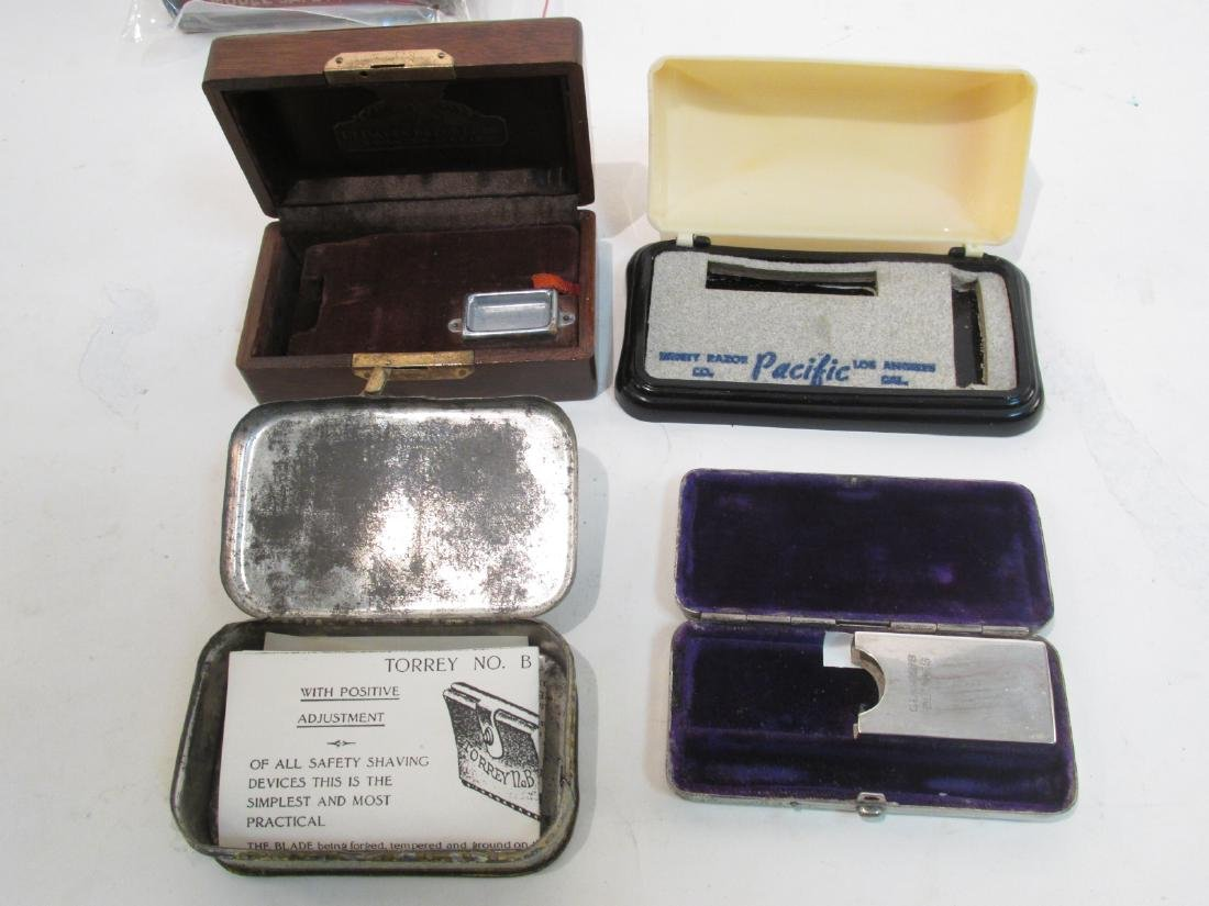 ASSORTED VINTAGE EMPTY SAFETY RAZOR BOXES & TINS - 7