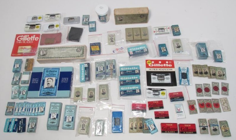 ASSORTED VINTAGE GILLETTE SAFETY RAZOR BLADES