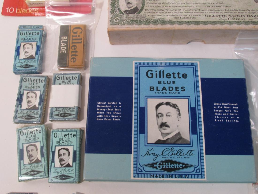 ASSORTED VINTAGE GILLETTE SAFETY RAZOR BLADES - 3