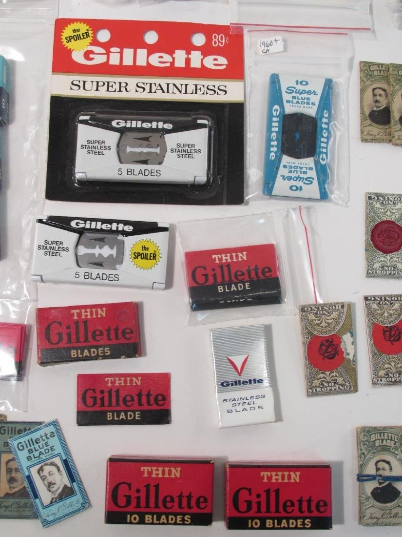 ASSORTED VINTAGE GILLETTE SAFETY RAZOR BLADES - 7