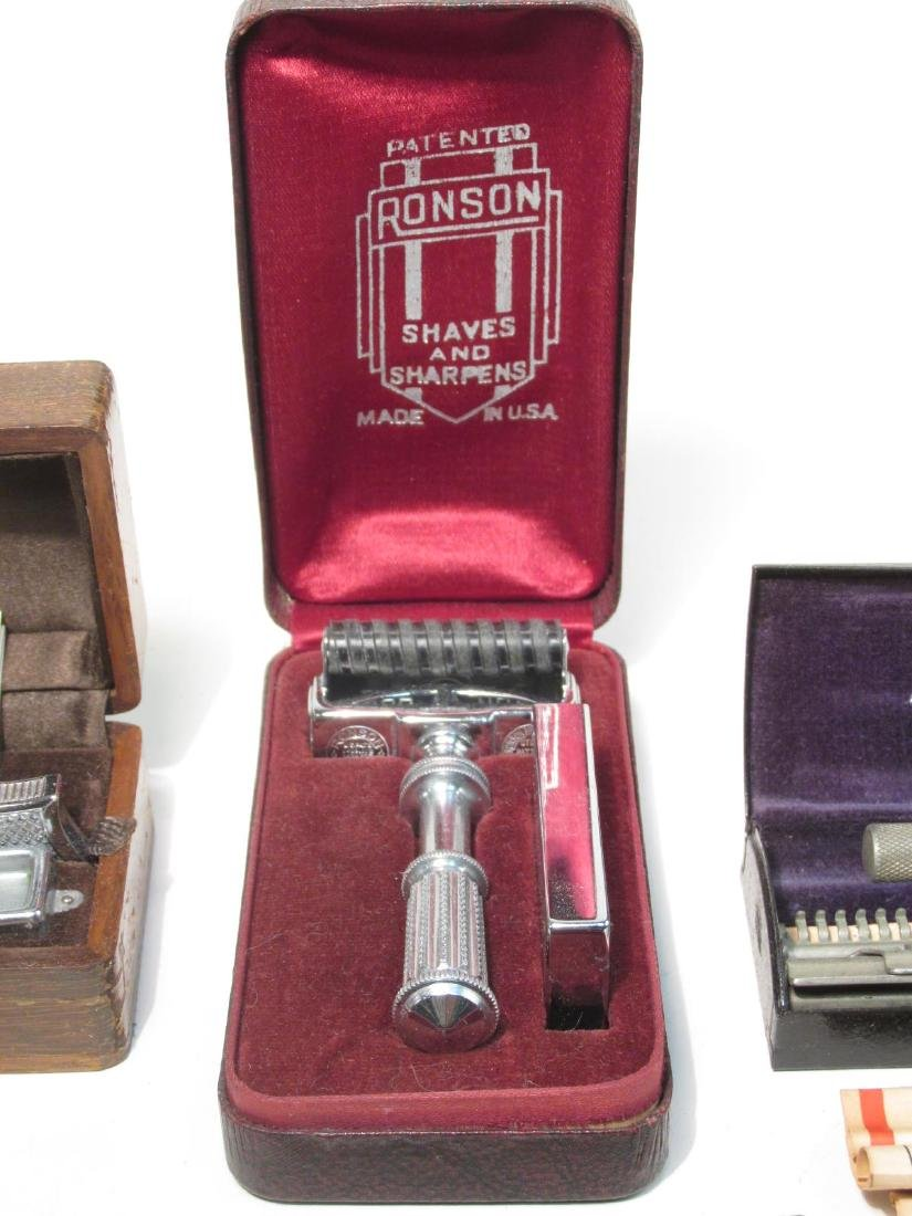ELEVEN ASSORTED VINTAGE SE SAFETY RAZORS - 4
