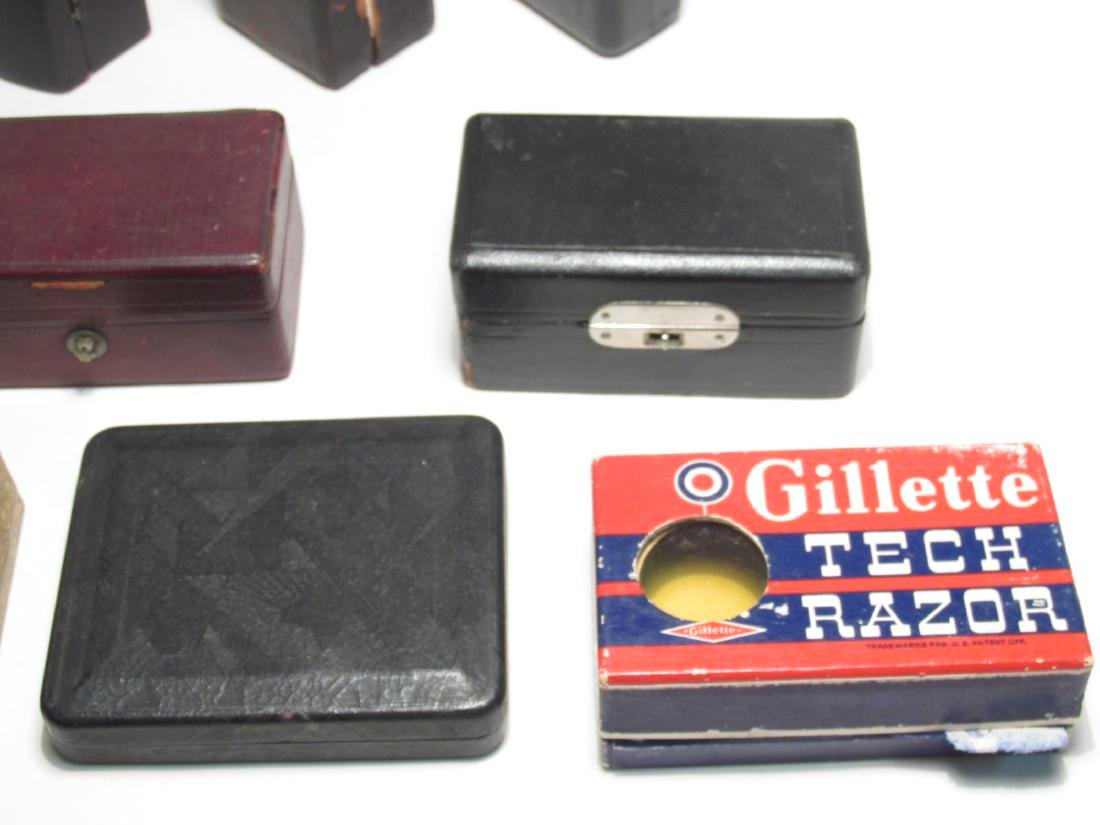 ELEVEN VINTAGE GILLETTE SAFETY RAZOR BOXES - 5