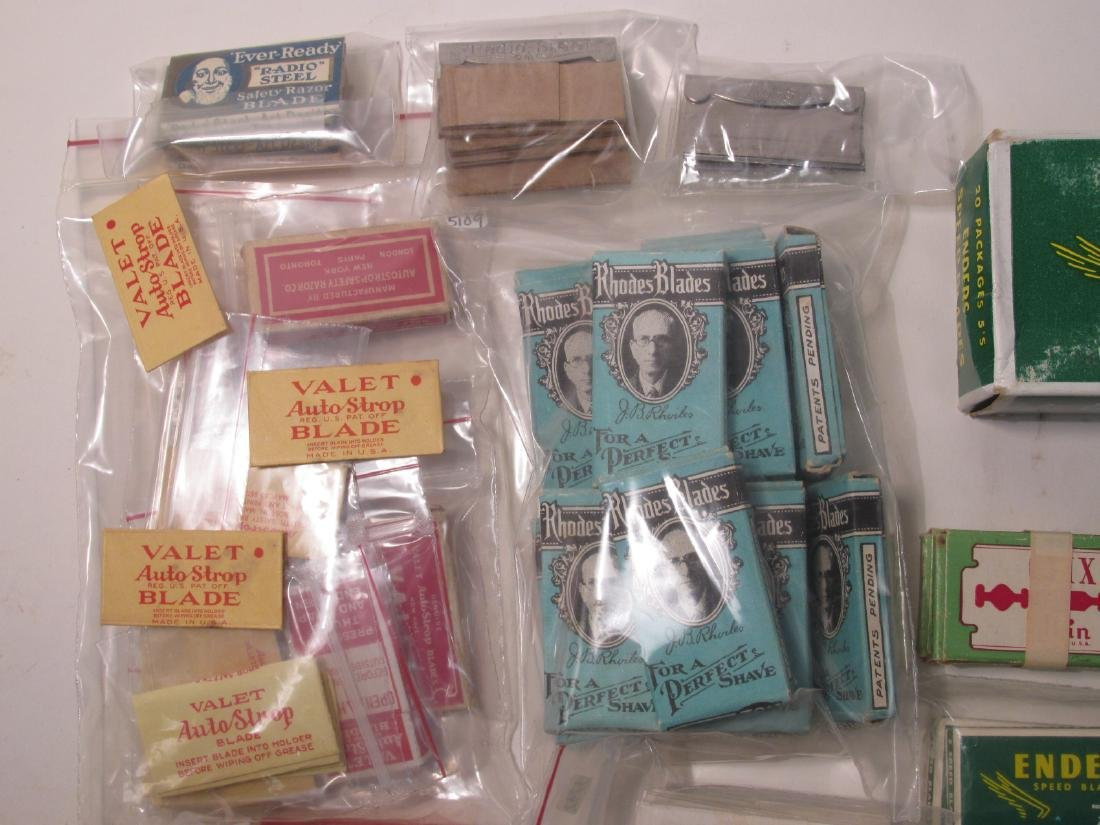 COLLECTION VINTAGE SAFETY RAZOR BLADES VALET SMITH - 4
