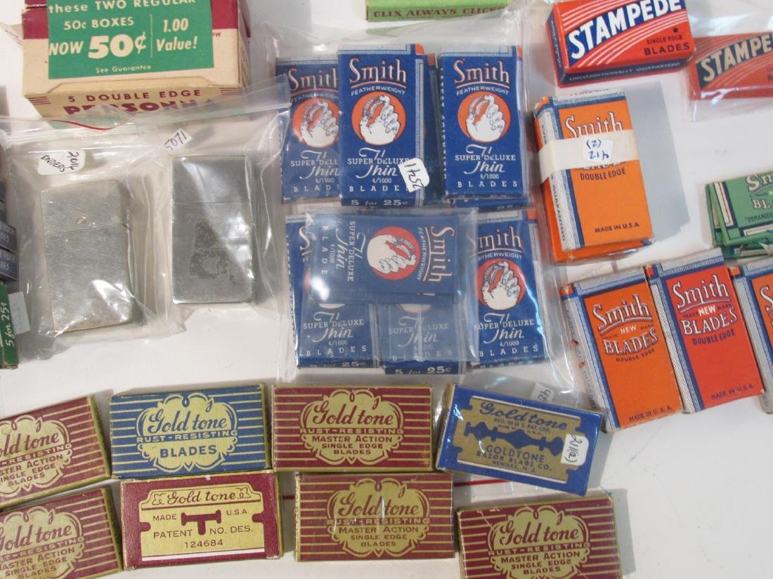 COLLECTION VINTAGE SAFETY RAZOR BLADES VALET SMITH - 7