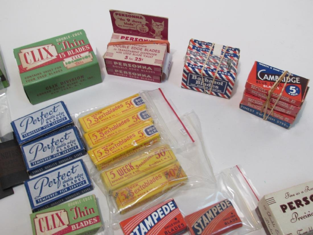 COLLECTION VINTAGE SAFETY RAZOR BLADES VALET SMITH - 9