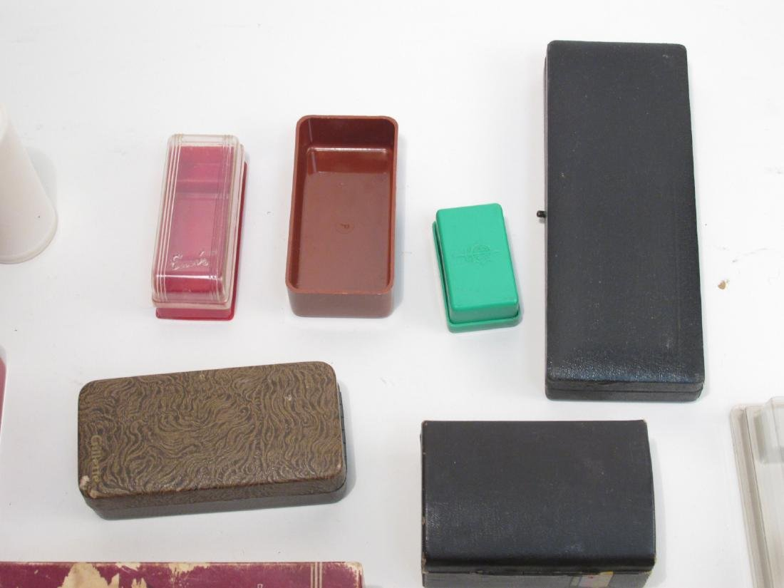 ASSORTED VINTAGE EMPTY SAFETY RAZOR BOXES/CASES - 6
