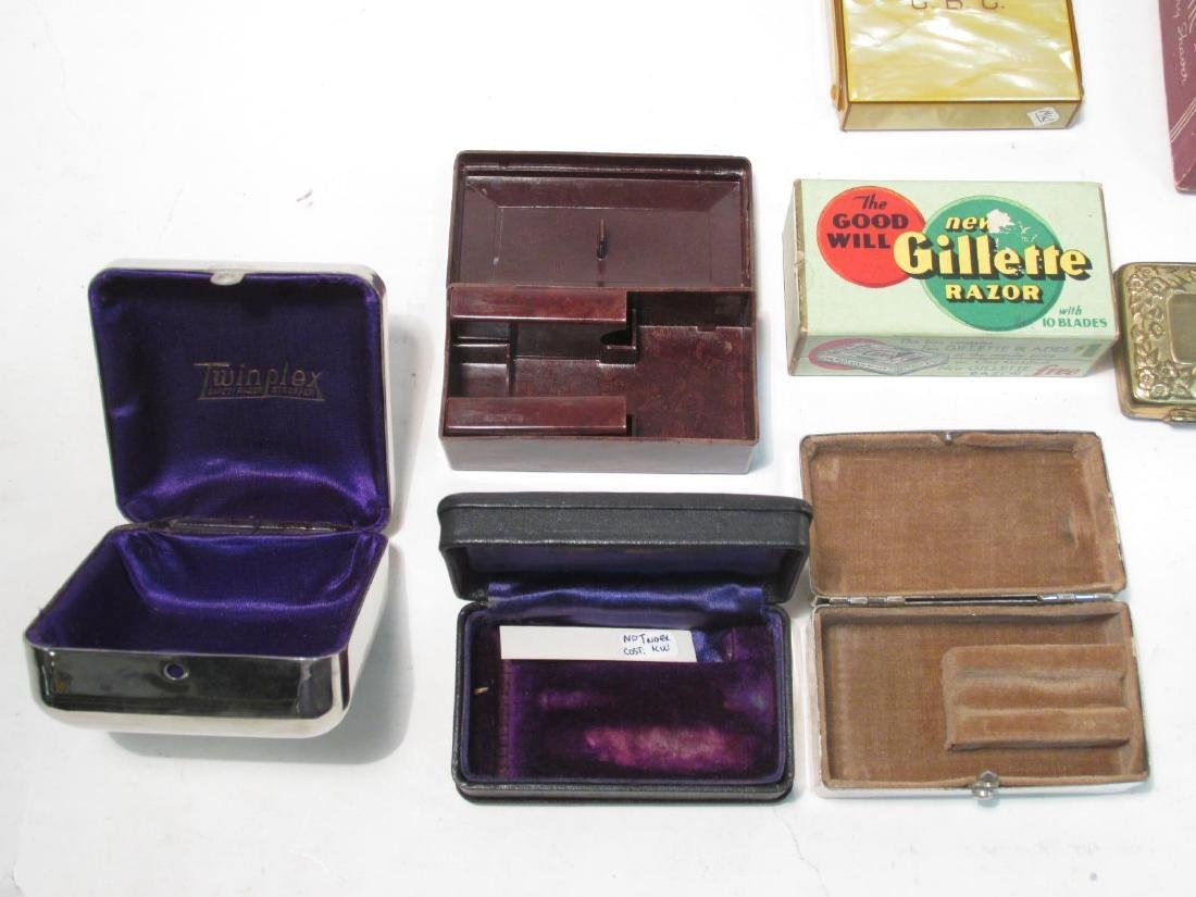 ASSORTED VINTAGE EMPTY SAFETY RAZOR BOXES/CASES - 7