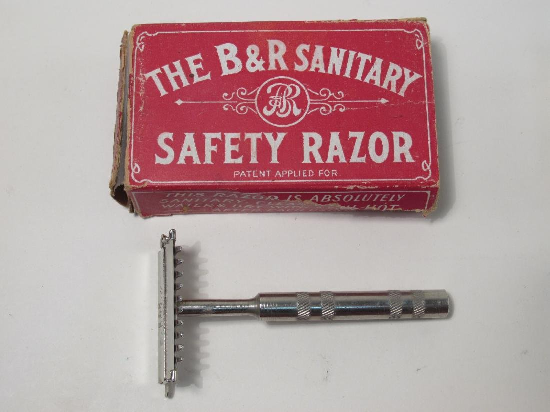 EIGHT VINTAGE COLLECTABLE SAFETY RAZORS: ERST, ETC - 4