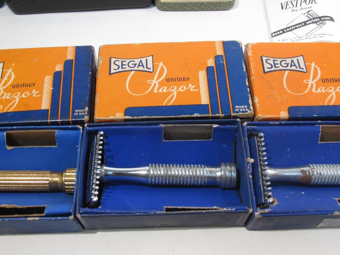 ASSORTED VINTAGE SAFETY RAZORS, DRY SHAVERS, ETC. - 5