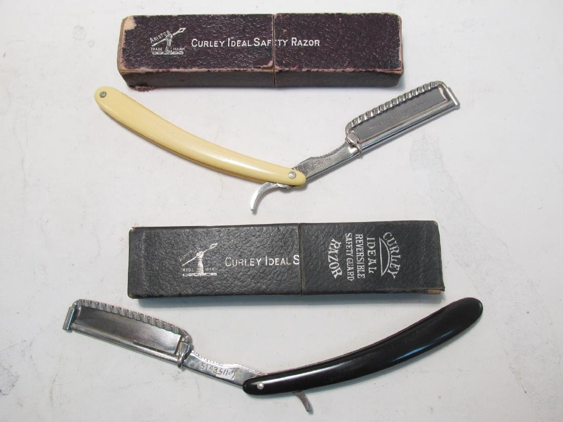 ASSORTED ANTIQUE AND VINTAGE STRAIGHT RAZORS - 5
