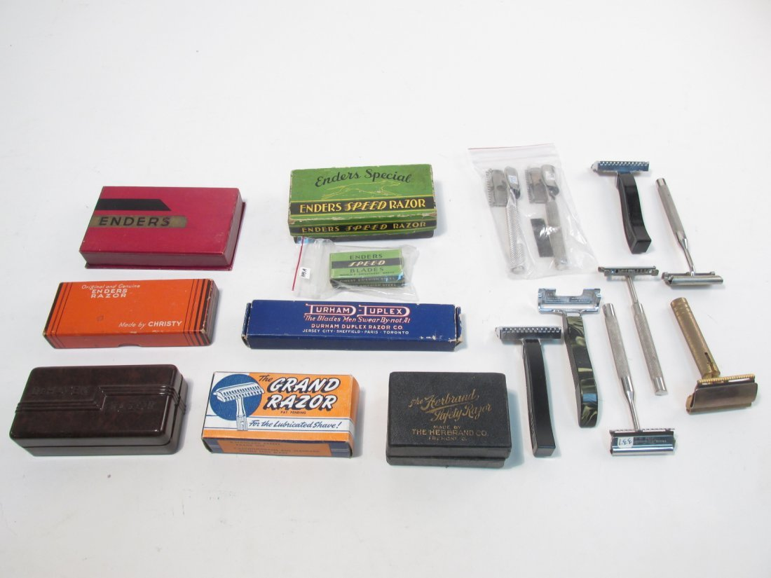 VINTAGE COLLECTABLE SE SAFETY RAZORS: ENDERS, ETC.