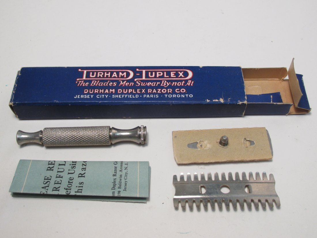 VINTAGE COLLECTABLE SE SAFETY RAZORS: ENDERS, ETC. - 3