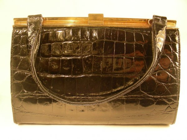906: LESCO VINTAGE BLACK ALLIGATOR HAND BAG