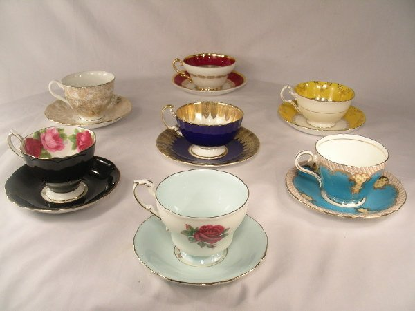 10: 7 CUP SAUCERS SETS BY AYNSLEY ROYAL ALBERT ETC