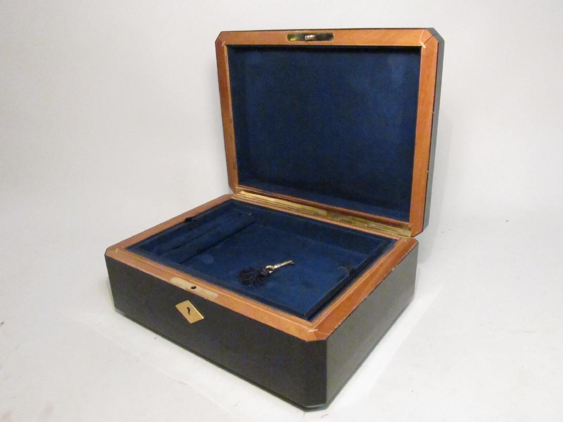 PARISIAN CUSTOM MADE LACQUER JEWELRY BOX - 4