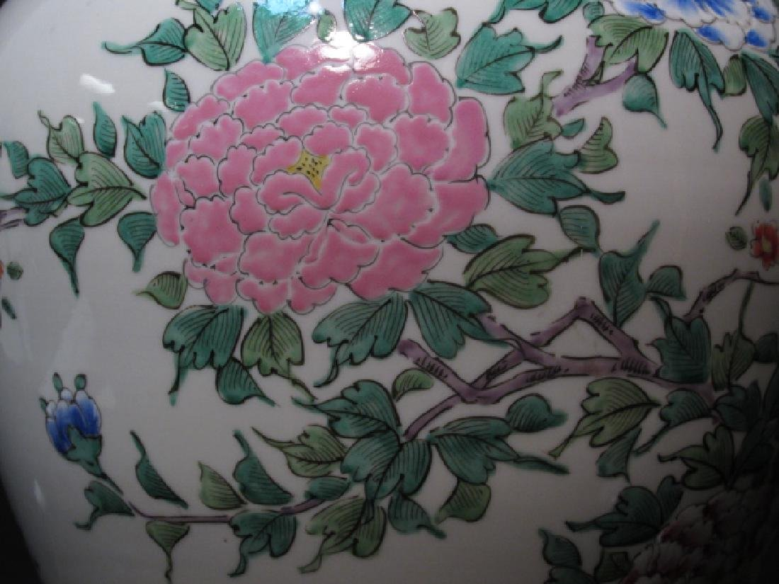 PAIR CHINESE FAMILLE ROSE PORCELAIN LAMPS - 5