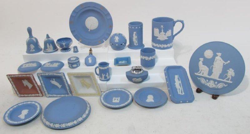 ASSORTED WEDGWOOD BLUE JASPERWARE POTTERY 25 PCS