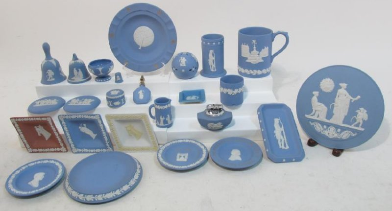 ASSORTED WEDGWOOD BLUE JASPERWARE POTTERY 25 PCS