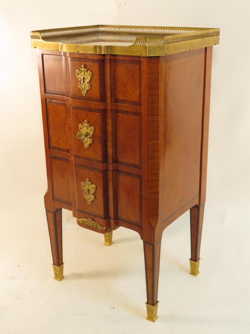 VICTORIAN LOUIS XVI STYLE PARQUETRY INLAID TABLE