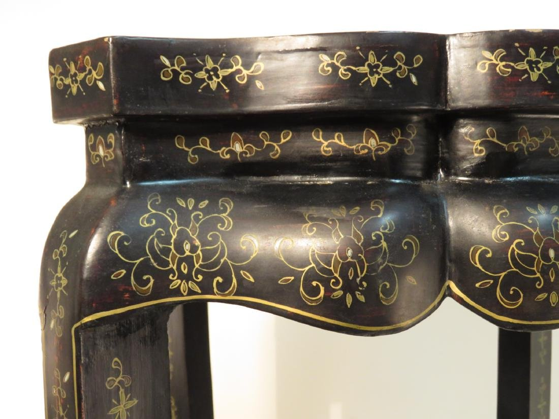 CHINESE BLACK LACQUER MOP INLAID PEDESTAL STAND - 3