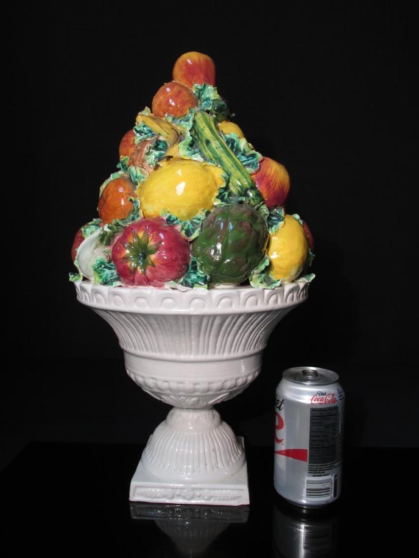 VINTAGE ITALIAN POTTERY FRUIT CENTERPIECE - 7