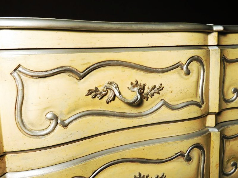 HAND PAINTED FRENCH STYLE CHEST OF DRAWERS - 3